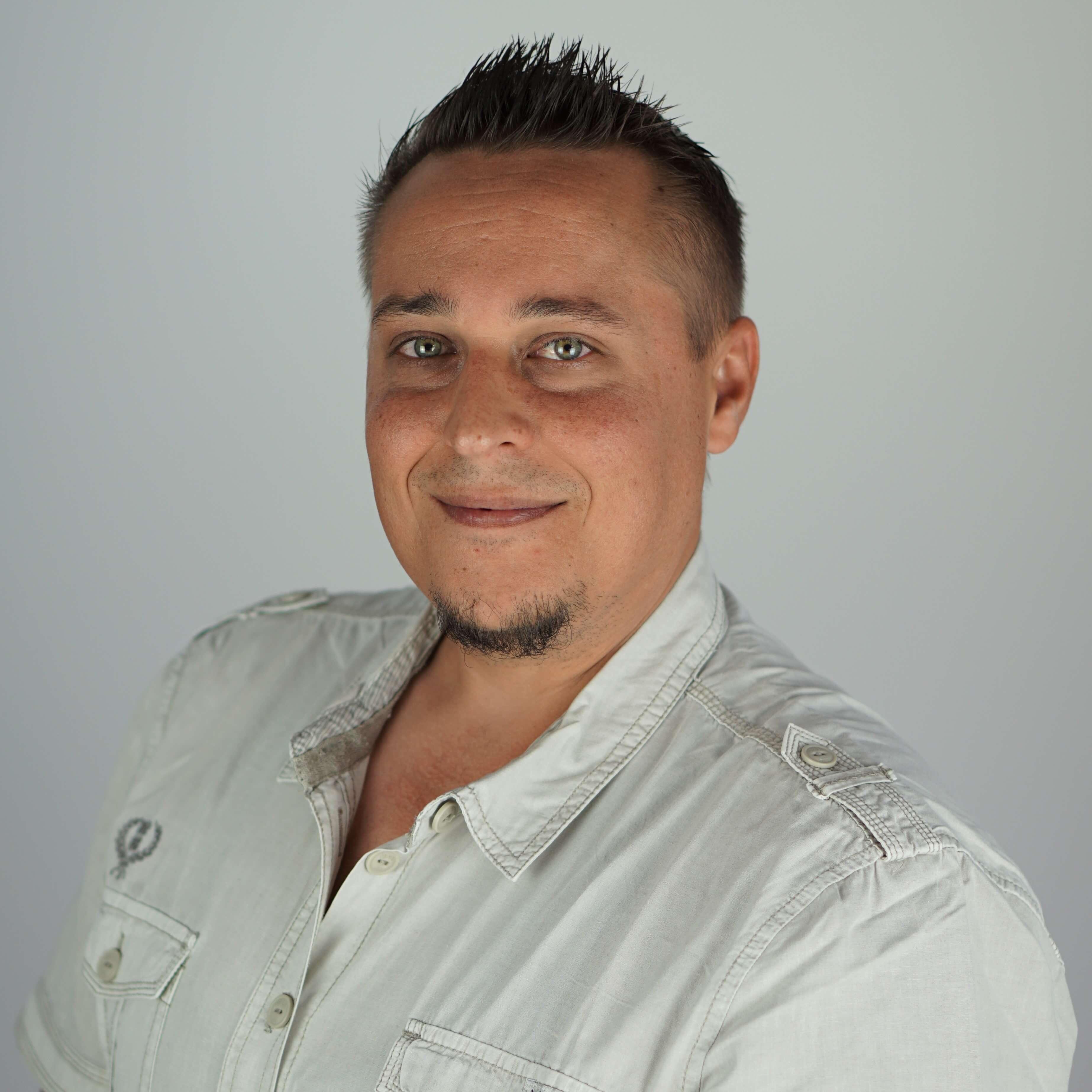 Portrait Adrian Samonig